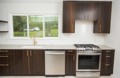 Contemporary-kitchen-design-florida