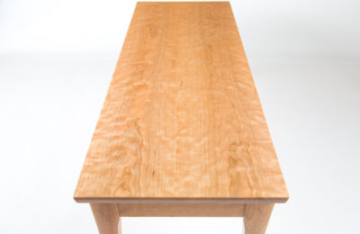 Curly-cherry-table