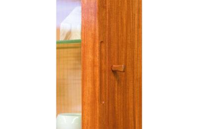 Web_0000_Locking-cabinet-door