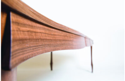 Web_0003_Artistic-Table