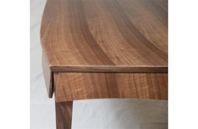 Web__0006_artist-made-table