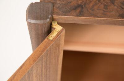 brass-knife-hinge