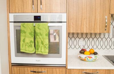 quarter-sawn-paldao-kitchen-cabinets
